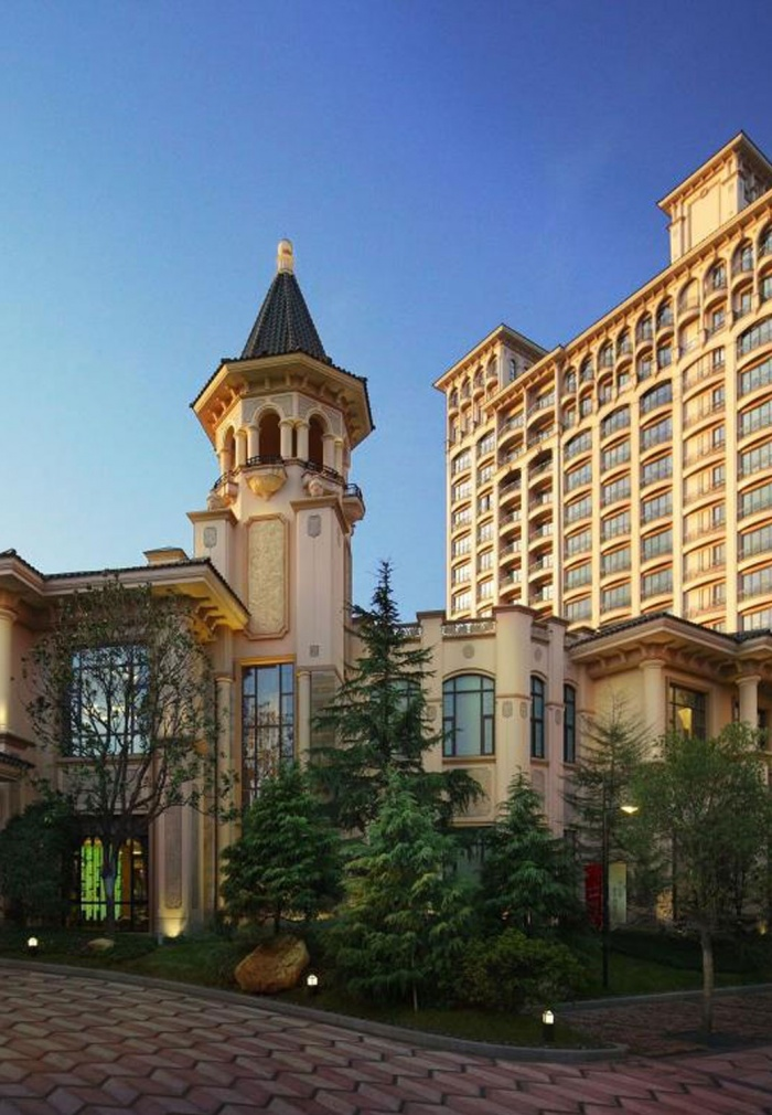Chateau Star River<br />Guangzhou Haiyi Peninsula - photo